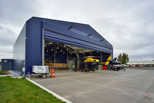 helikopter hangar kapısı